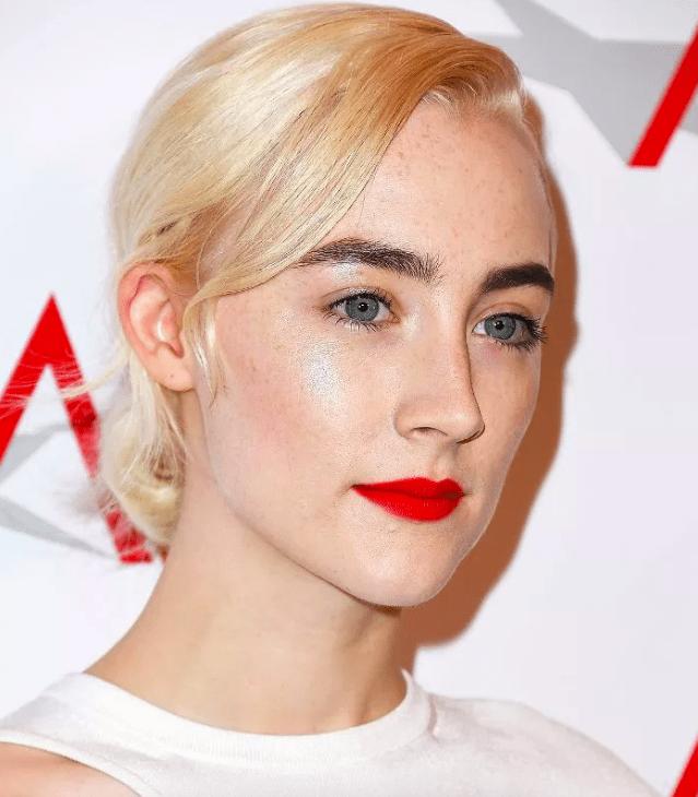 Momen Cantik Terbaik Saoirse Ronan