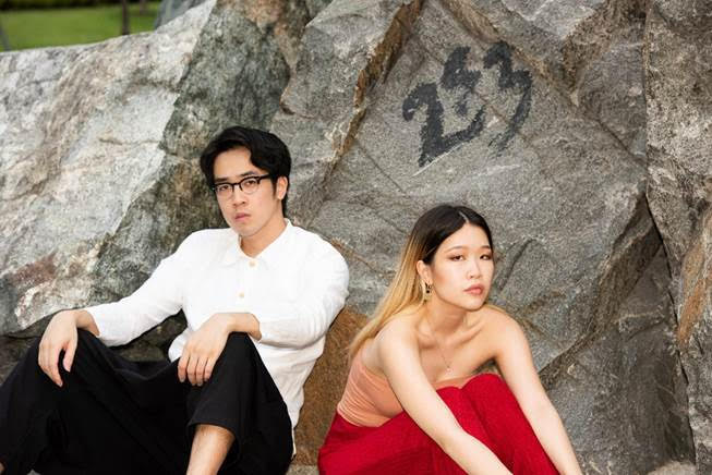 Layan Hummingbird - Charlie Lim ft. Linying 1