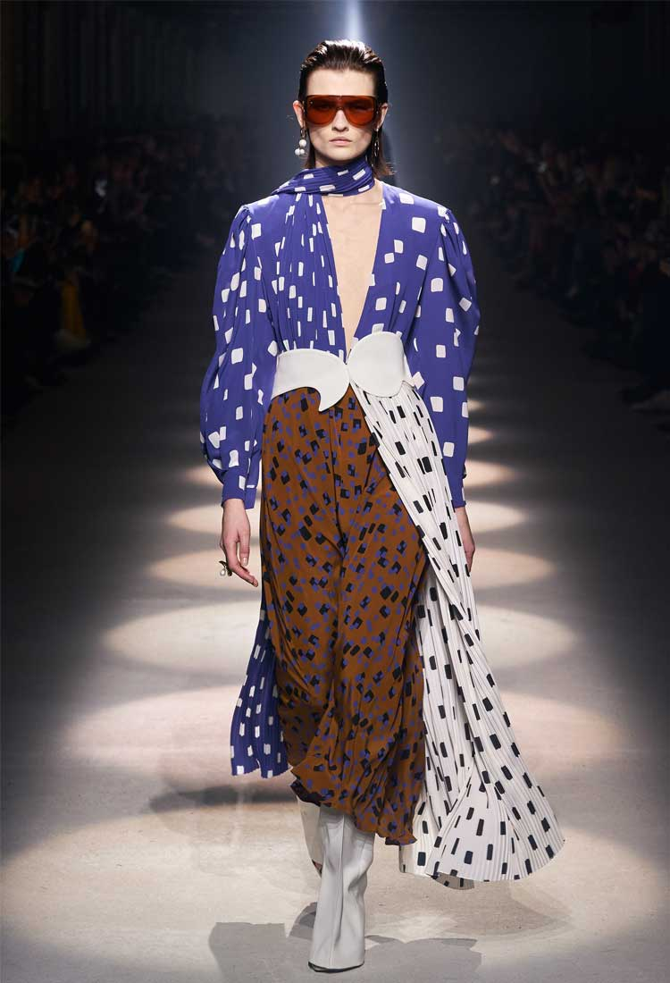 coronavirus paris fashion week