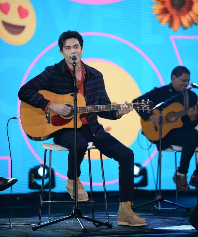 dimsum Thai Pop 2019: Sunny 'Mencuri' Hati Peminat Di Shah Alam